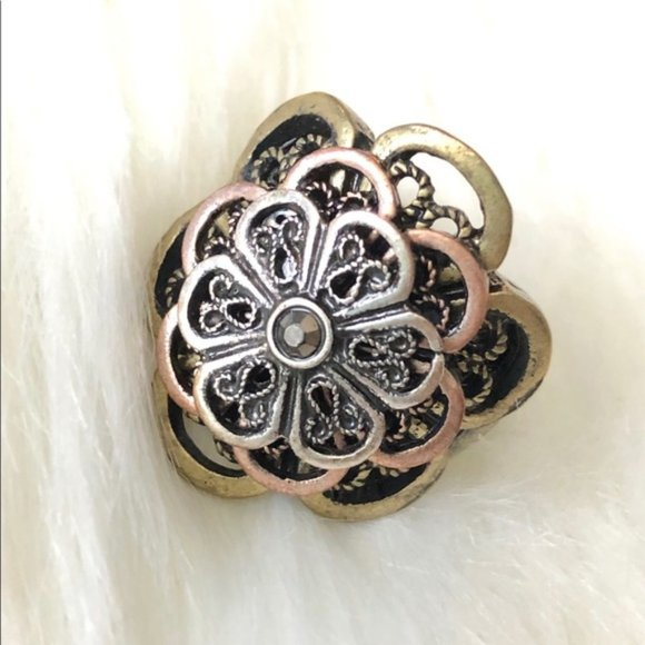 Flower Mixed Metal Style Elastic Statement Ring